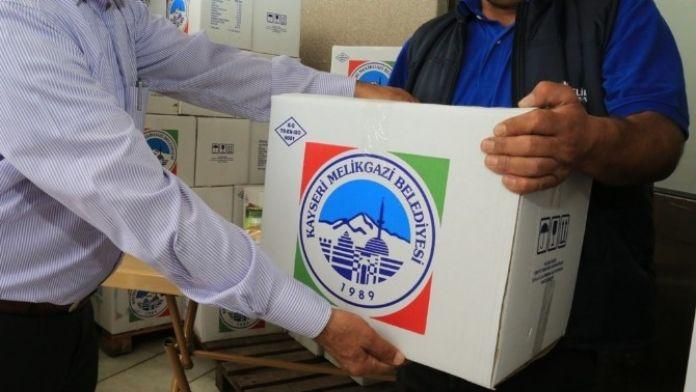 Melikgazi Belediyesi 10 Bin İaşe Paketi Dağıttı