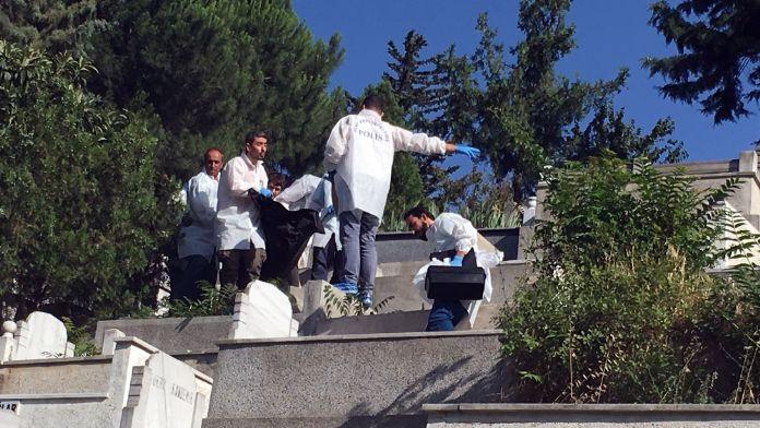 İstanbul'da mezarlıkta kadın cesedi