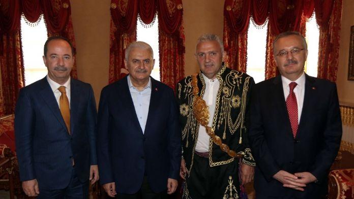 Başbakan Yıldırım, Kırkpınar heyetini kabul etti