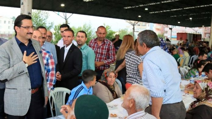 Mahalle İftarlarının Sonuncusu Ufuktepe'ye Kuruldu