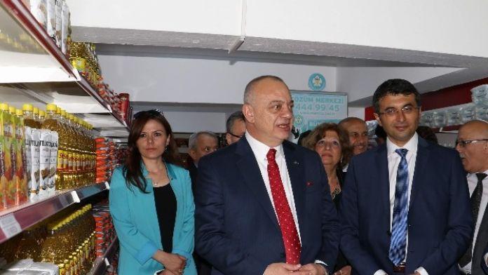 Gıda Bankası Sarıgöl'de 231 Vatandaşa Hizmet Veriyor