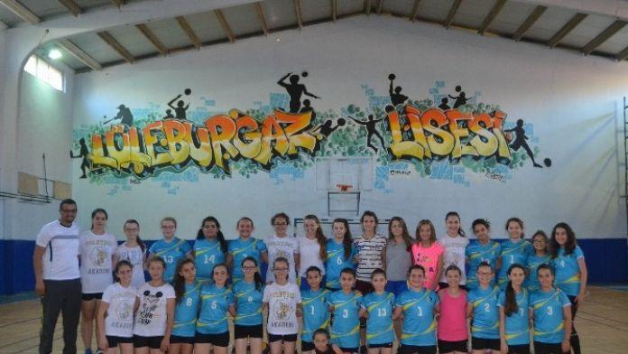 Lüleburgaz Akademi, Voleybol Çalışmalarına Devam Ediyor