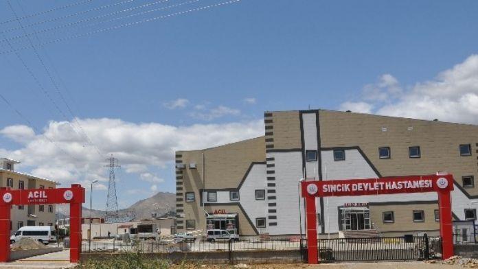 Yeni Hastane Binası Hizmete Girdi