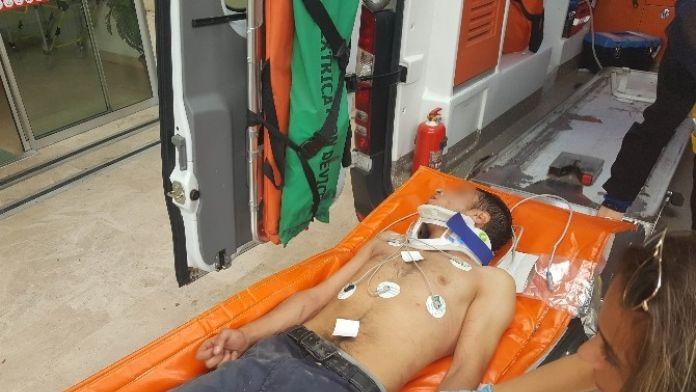 (Özel Haber) Uyuşturucu Kullanan Genç Bilinci Kapalı Halde Hastaneye Kaldırıldı