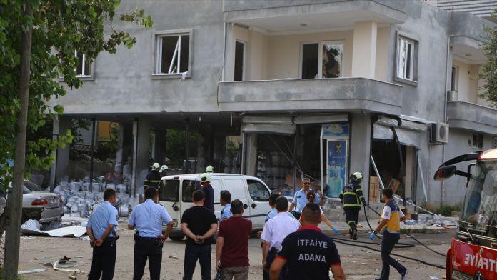 Adana'da gaz sıkışması sonucu patladı: 2 yaralı