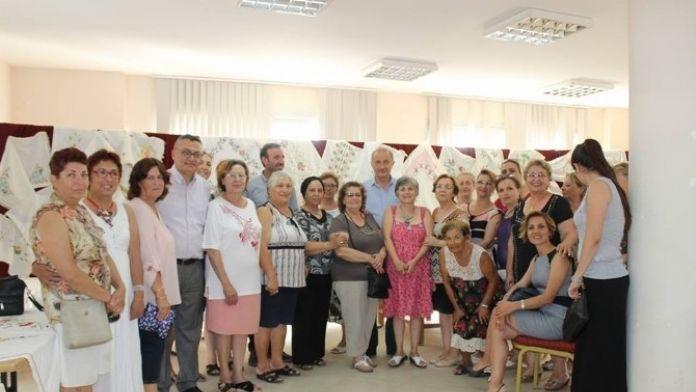 Didim Belediyesi'nin Akbük Kursiyerleri El Emeği Ürünlerini Sergiledi