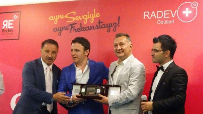Radev'den Ankara Büyükşehir Belediyesi'ne 'Tarihe Saygı' Ödülü