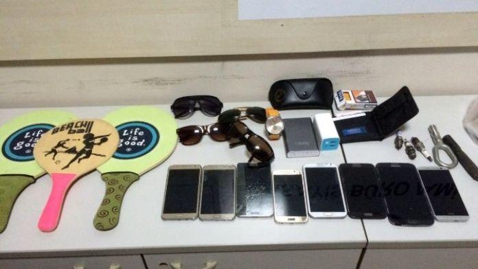 İzmir'de Plaj Hırsızlarına Jandarmadan Operasyon