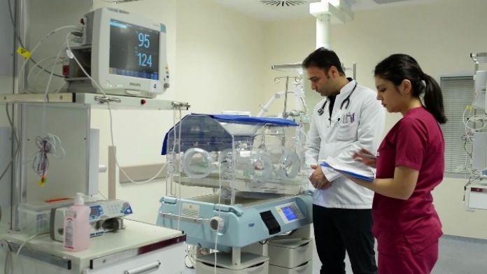 Bebekler Doğumsal Kalp Taramasında