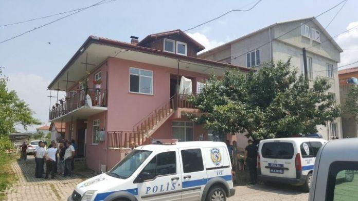 Pompalı Tüfekle Eşini Öldürdü Kendini İhbar Ederek Polisi Bekledi