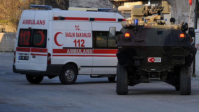 Diyarbakır'da bombalı tuzak ! 1 ŞEHİT
