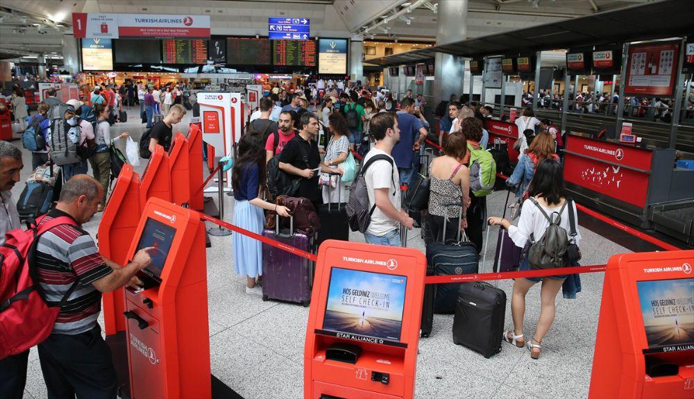 Atatürk Havalimanı normale döndü.
