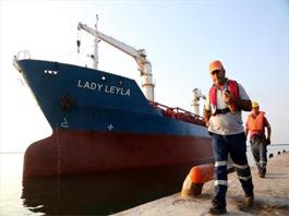 Heyecanla Türkiye'den gelecek gemiyi bekliyorlar