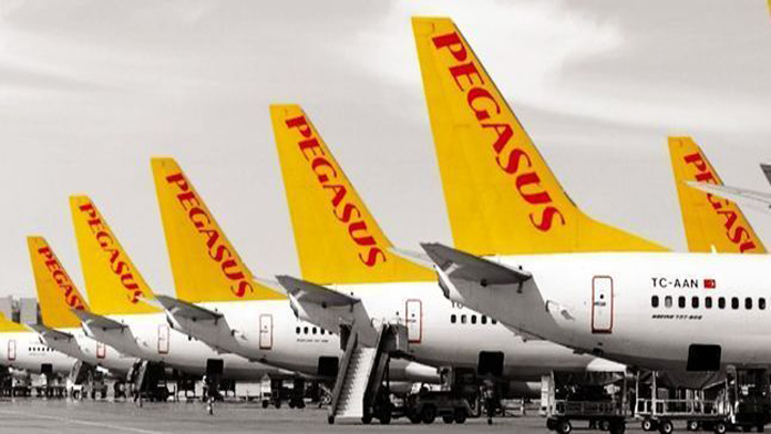 Pegasus uçağında yolcular isyan etti