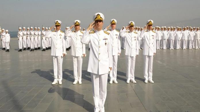 Deniz Kuvvetlerinde FETÖ Operasyonu.       2 Amiral, 4 Binbaşıya Gözaltı Kararı.