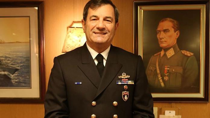 Deniz Kuvvetleri Komutanına Ulaşıldı. Komuta'nın Bir Gemide Olduğu ve Darbeciler Tarafından bir süre rehin tutulduğu ortaya çıktı