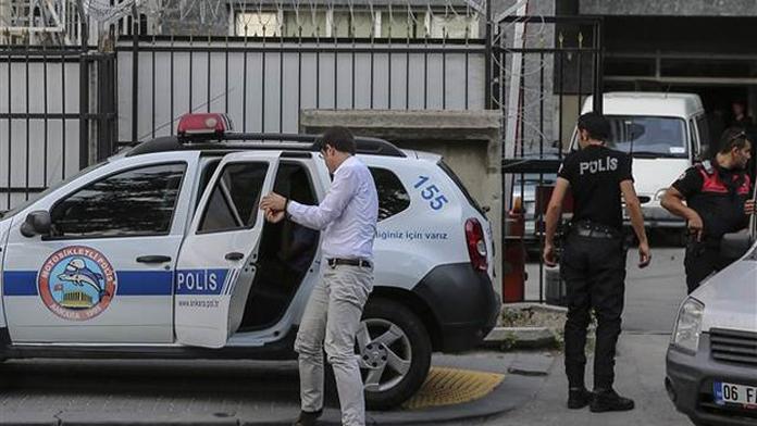 Cezaevi'nde 50 Gardiyan'a Gözaltı.