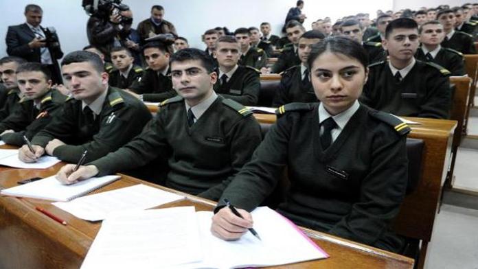 Askeri Okulların Kapısına Kilit Vurulacak...
