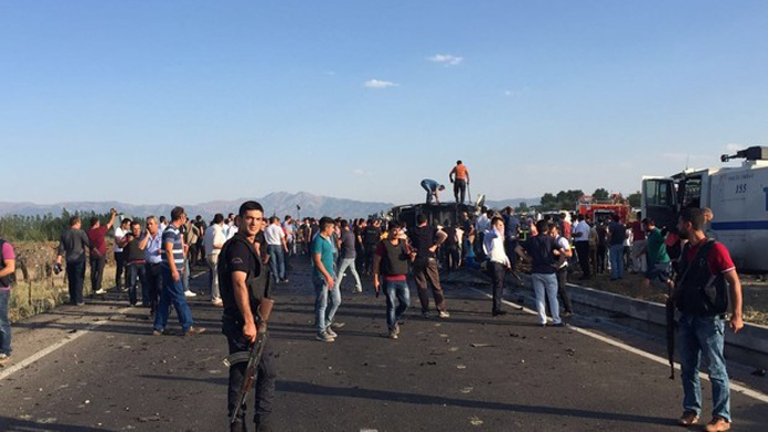 Zırhlı Polis Aracına Saldırı, 6 Polis Şehit.