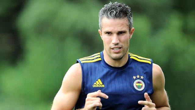 Fenerbahçe Taraftarını Üzecek Haber Van Persie Gidiyormu ?