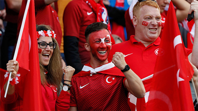 Putin,Türkiye-Rusya Maçına Davet Edildi.