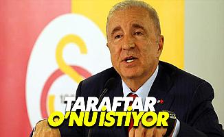 Galatasaray Taraftarı Ünal Aysal'ı İstiyor