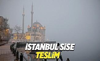 İstanbul'da yoğun sis vapur seferlerini iptal ettirdi