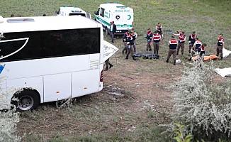 Şoförün Uyuması Sonucu Feci Kaza
