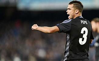 Beşiktaş'a dünya yıldızı stoper: Pepe