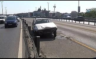 Metrobüs yolunda giren sürücü kazanın ardından kaçtı