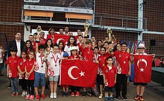 Santraç'ta Türkiye'ye madalya yağdı
