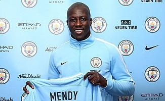 Benjamin Mendy resmen Manchester City'de