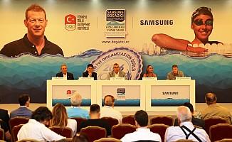 Boğaziçin'de şenlik var! 2200 yüzücü Asya'dan Avrupa'ya yüzecek
