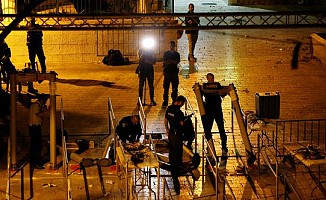 İsrail dedektörleri kaldırmaya başladı