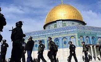 İsrail Mescid-i Aksa için yaş kriterini kaldırdı!