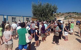 Çeşme'de vatandaşlar ile işletme sahipleri birbirine girdi