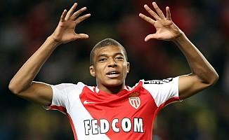 PSG'den Mbappe'ye 200 milyon Euro