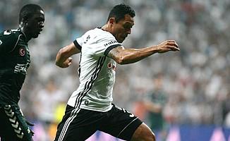 Adriano Fenerbahçe derbisinde yok