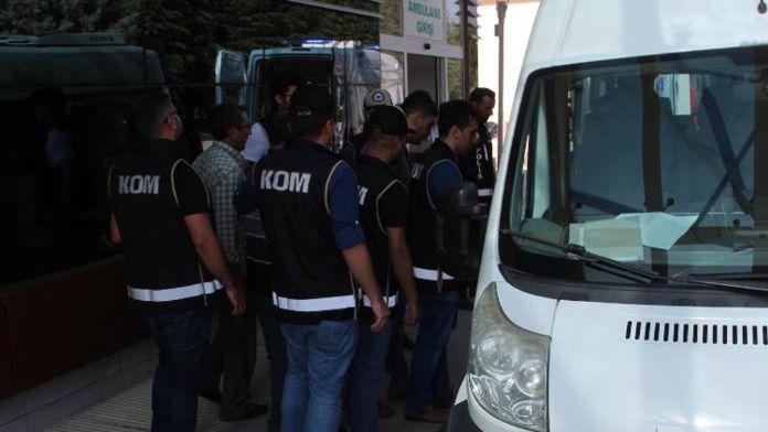 Elazığ'daki paralel operasyonunda 19 şüpheli adliyeyede