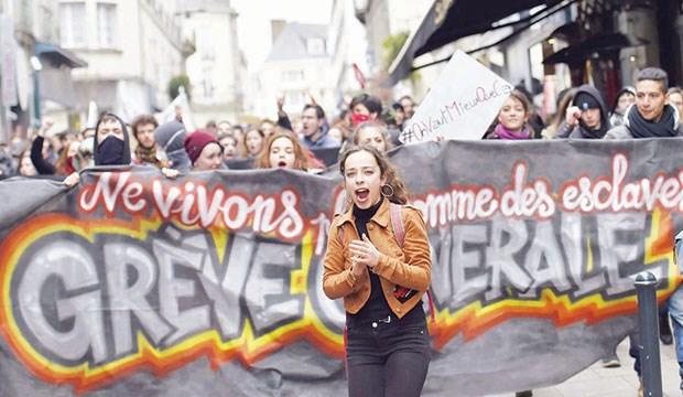 Fransa Grevlerinde Yeni Dalga