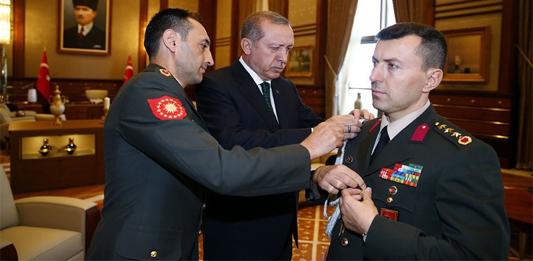 Erdoğan'ın En yakınındaki Asker için Yakalama Kararı Çıktı. Başyaver Kurmay Albay Ali Yazıcı Gözaltına alındı.