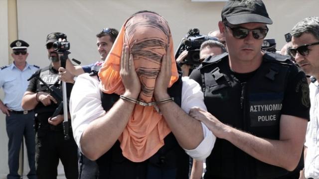 Yunanistan'a Kaçan Darbeci Askerlere 2 Ay Hapis