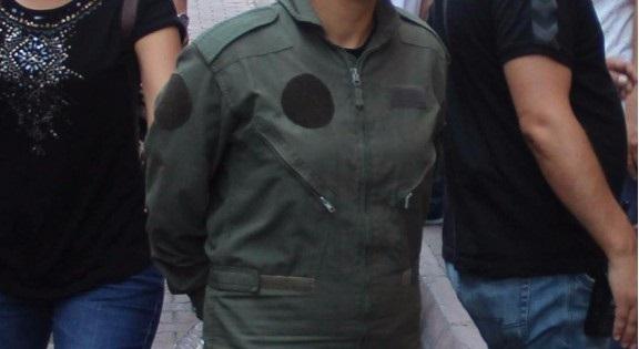 Darbeci Subay İntihar Etti.