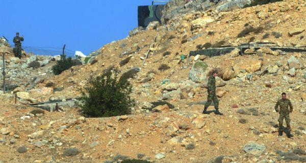 Darbeci Askerler Yunan Adasında İhbarı