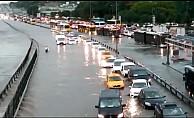 İstanbul'da metrekareye 65 kilogram yağmur düştü!